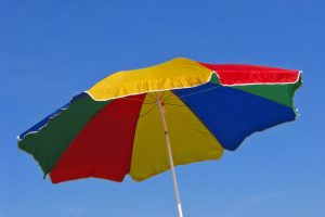 beach-umbrella-1984703_1920